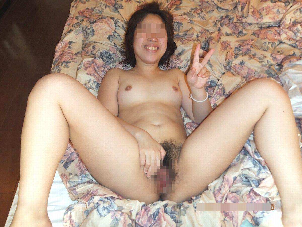 素人 全裸ピース画像 10