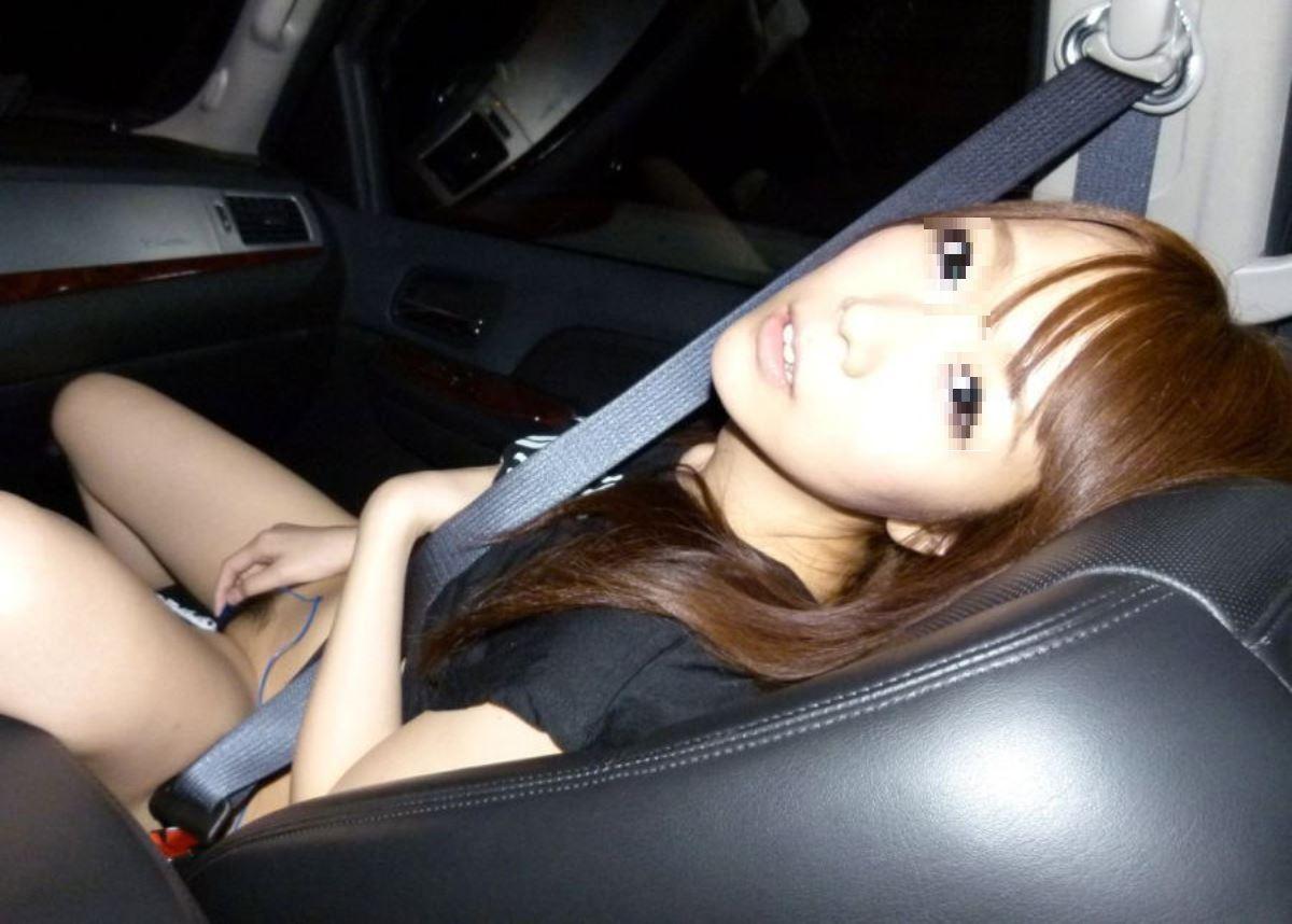 車内オナニー画像 36
