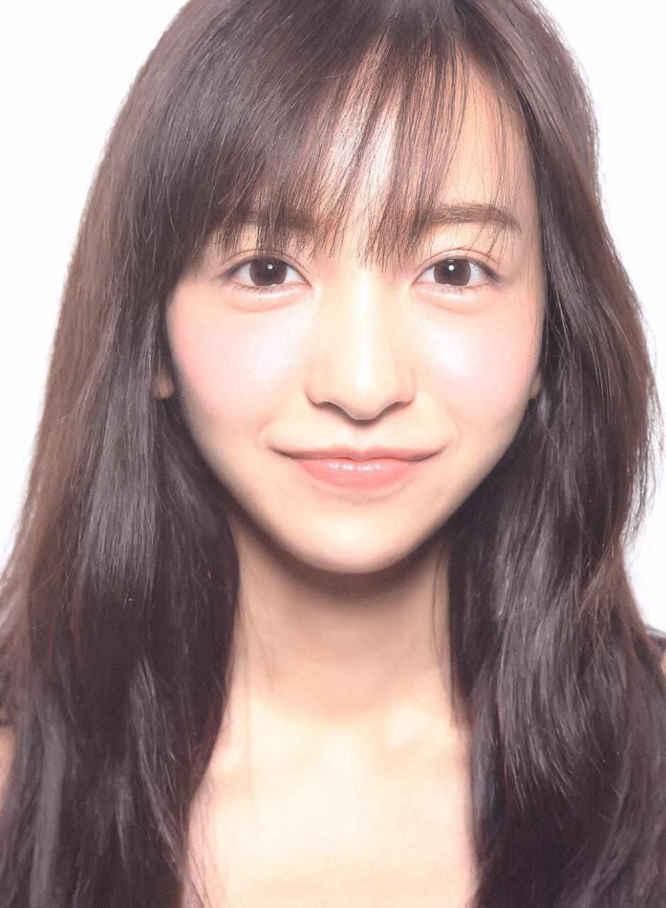 板野友美 すっぴん写真集「Luv U」画像 7