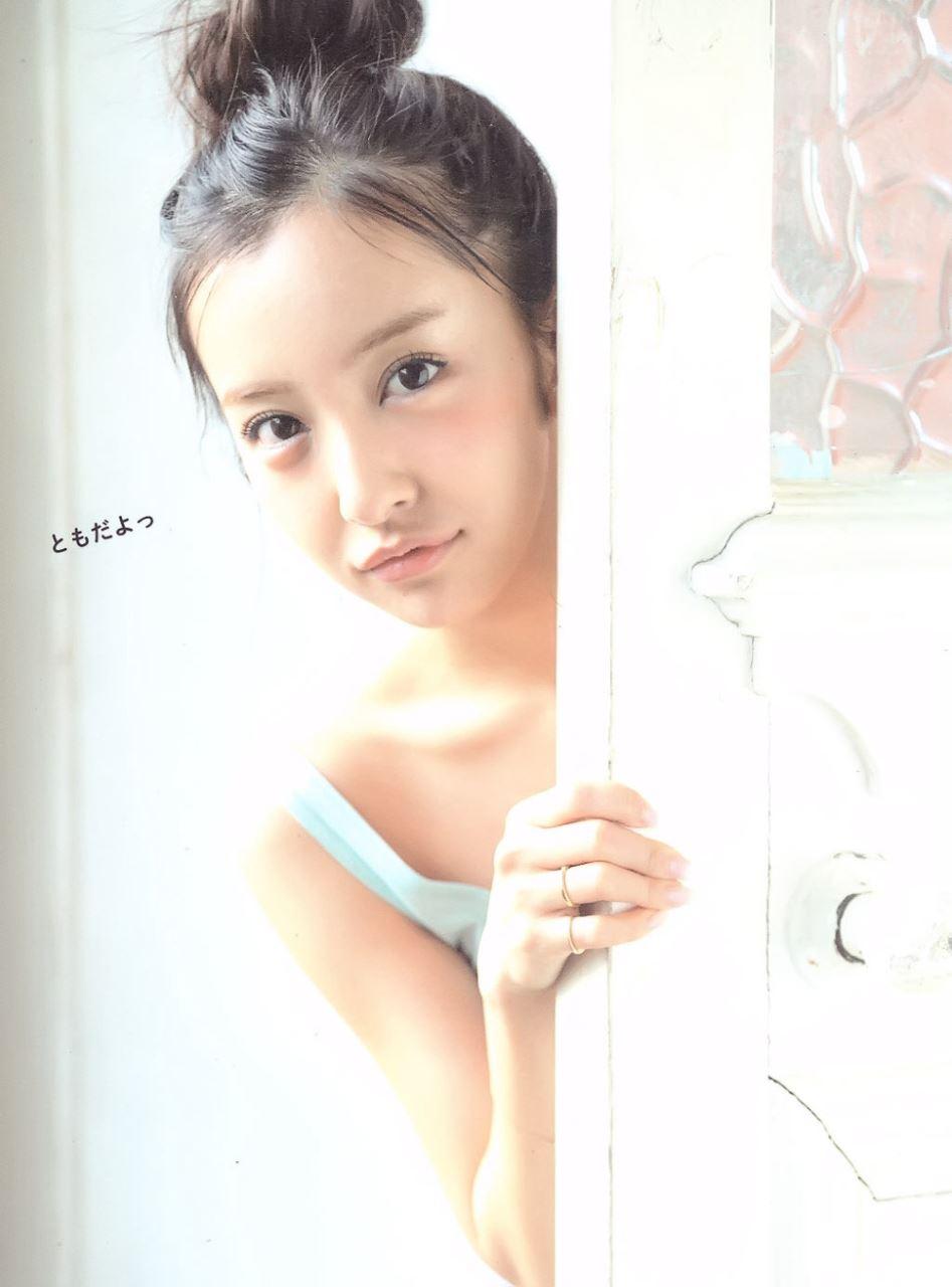 板野友美 すっぴん写真集「Luv U」画像 22