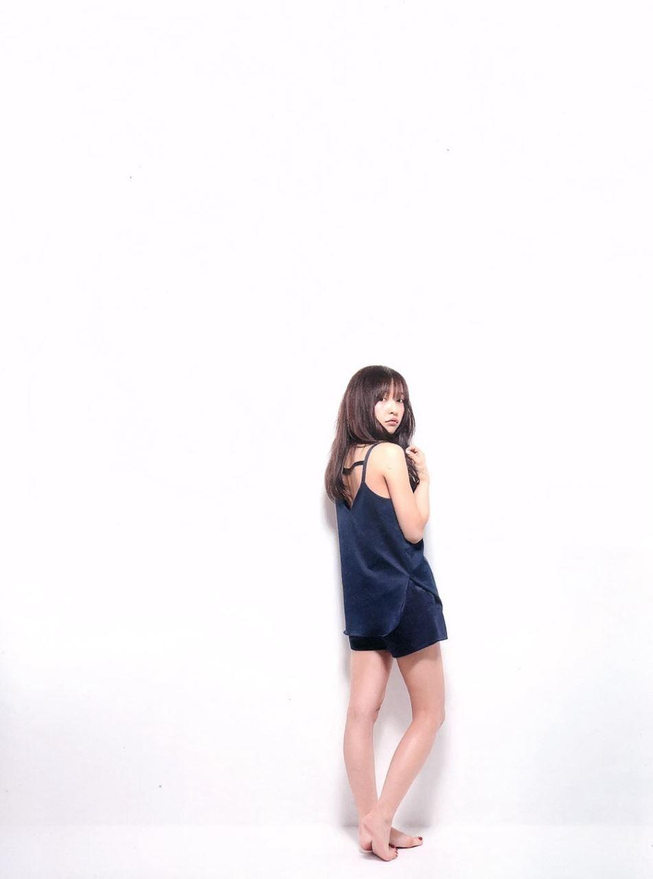 板野友美 すっぴん写真集「Luv U」画像 99