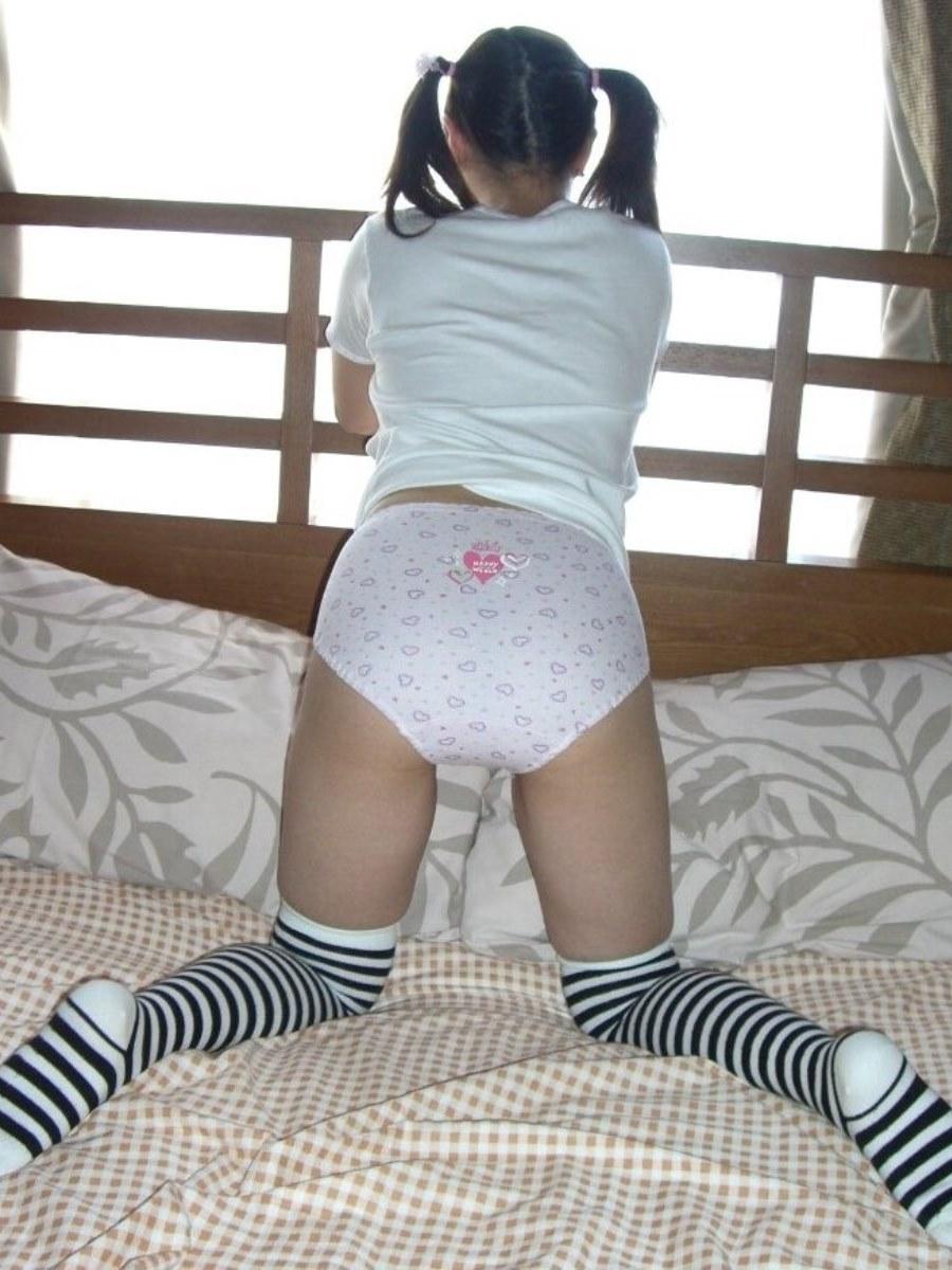 キャラパンやロリパンの子供っぽいプリントパンティ画像 21