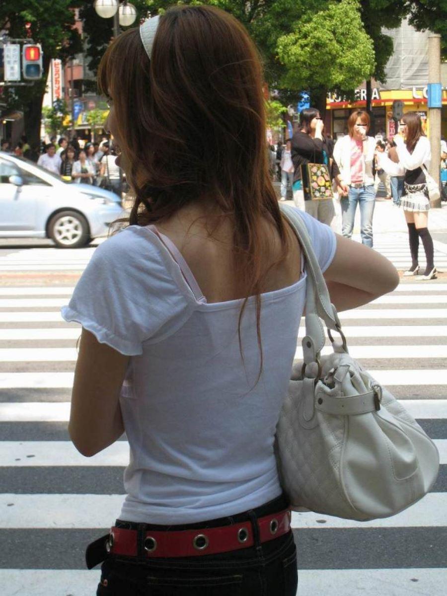 ハミブラ・透けブラの素人街撮り画像 7