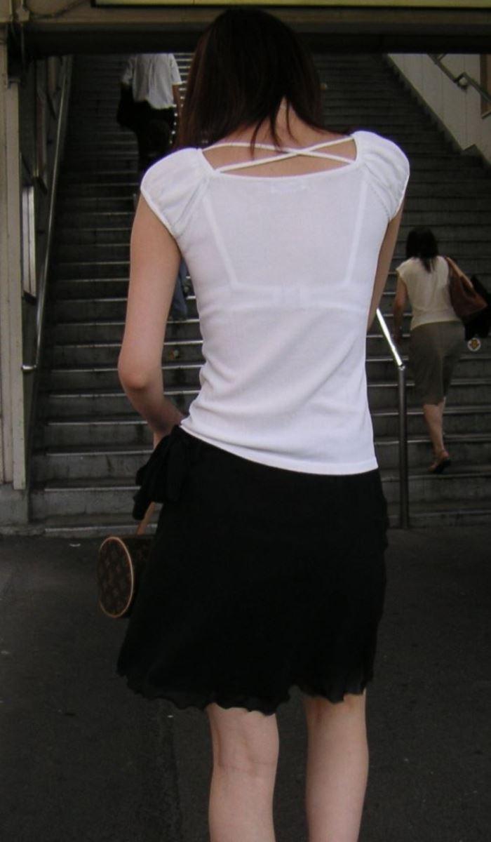 ハミブラ・透けブラの素人街撮り画像 12