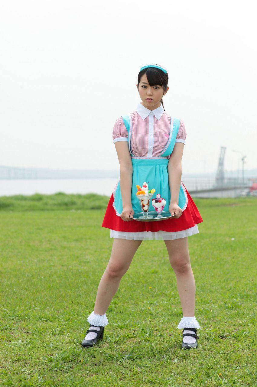 AKB48 峯岸みなみ 最新グラビア画像 16