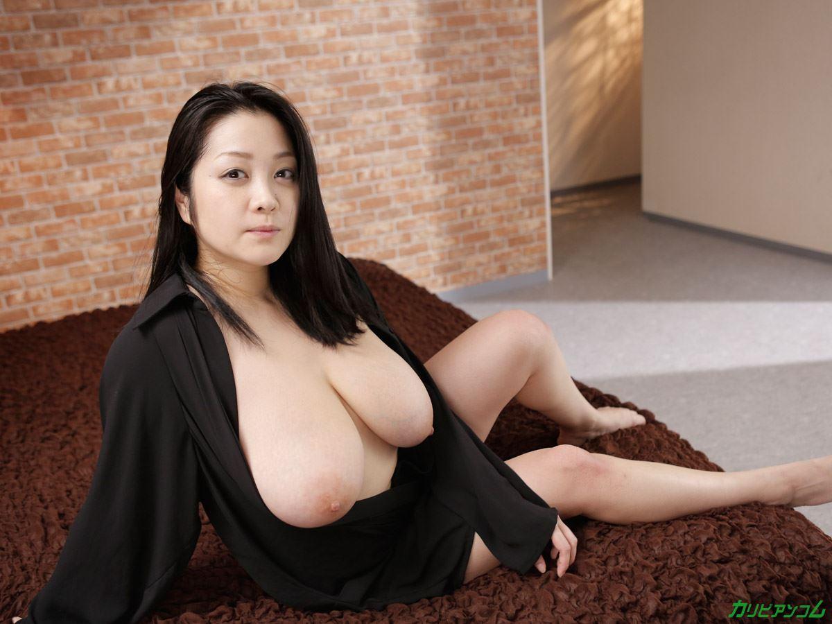 小向美奈子 スライム乳の無修正デビュー画像