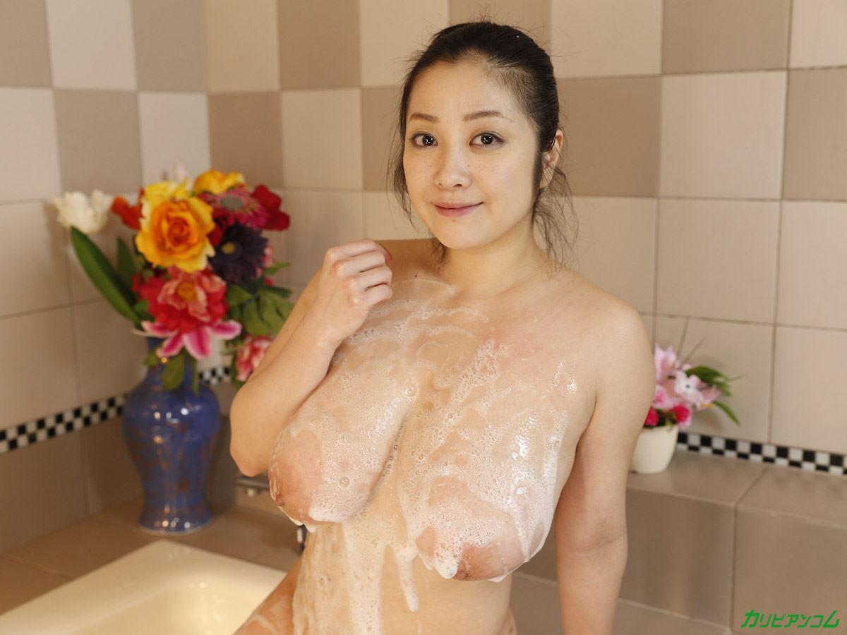 遂に無修正を解禁した小向美奈子アダルト画像