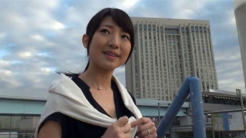渡辺由梨香(33)ガチで人妻のAVデビュー画像
