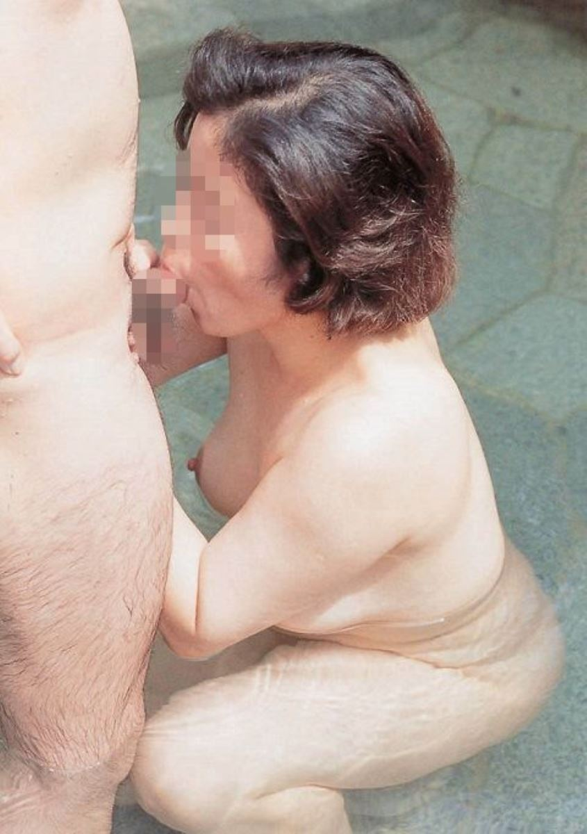 おばさん 口技 舌技 素人 熟女 フェラチオ エロ画像 49