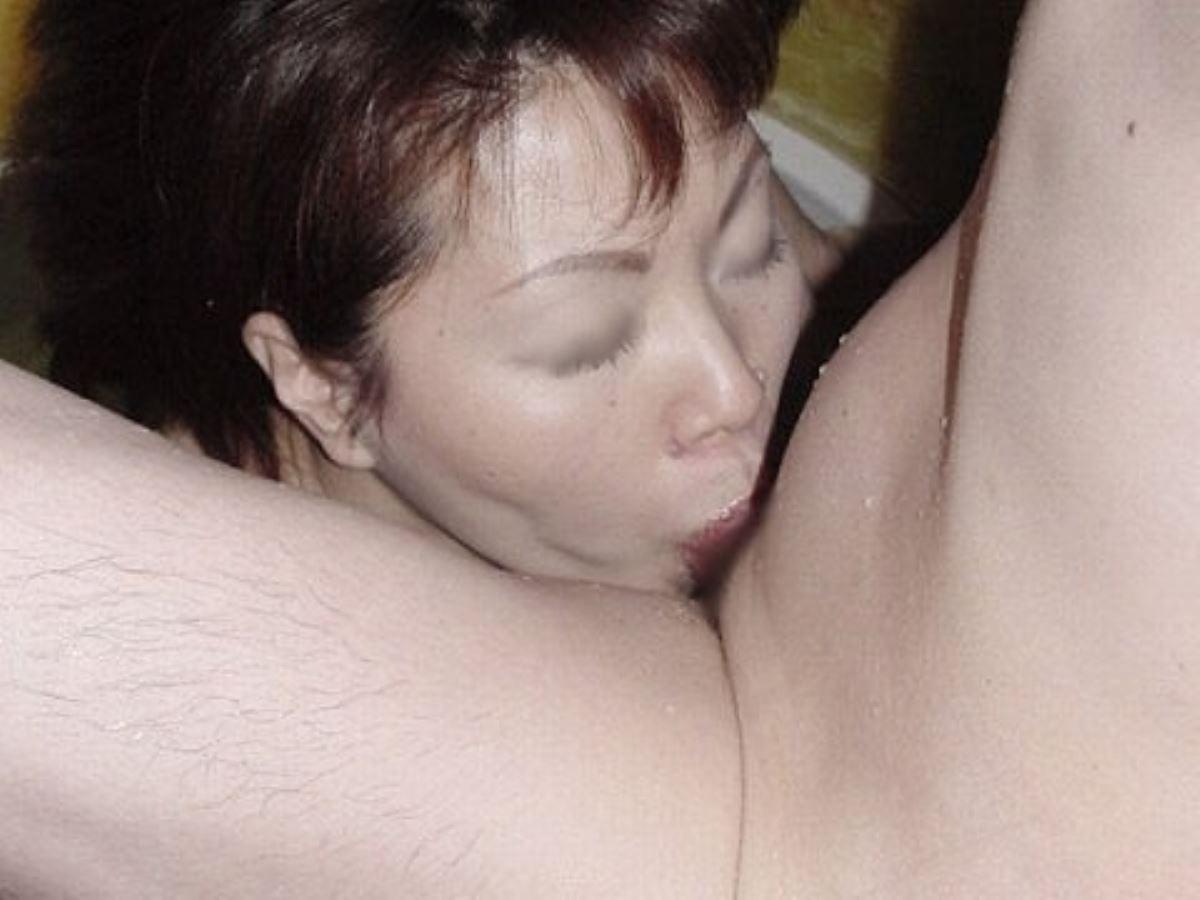 おばさん 口技 舌技 素人 熟女 フェラチオ エロ画像 83