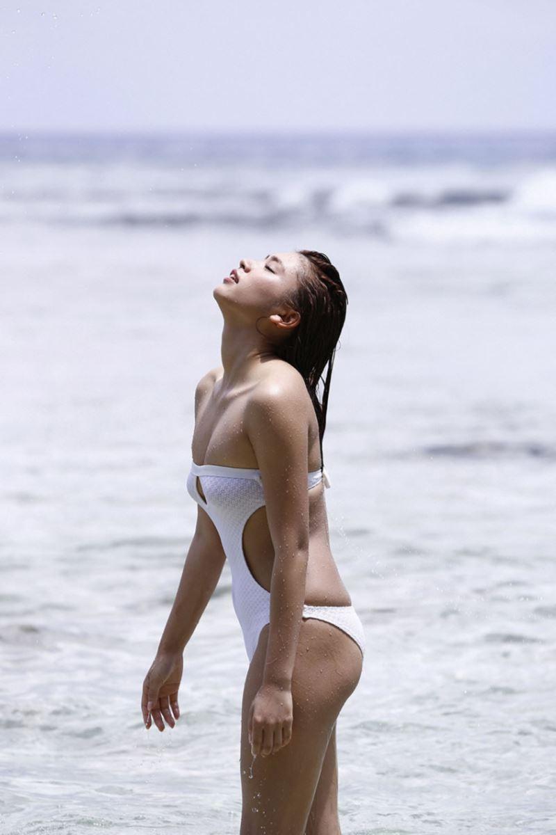 久松郁実 可愛すぎる 最新 グラビア 水着 画像 139
