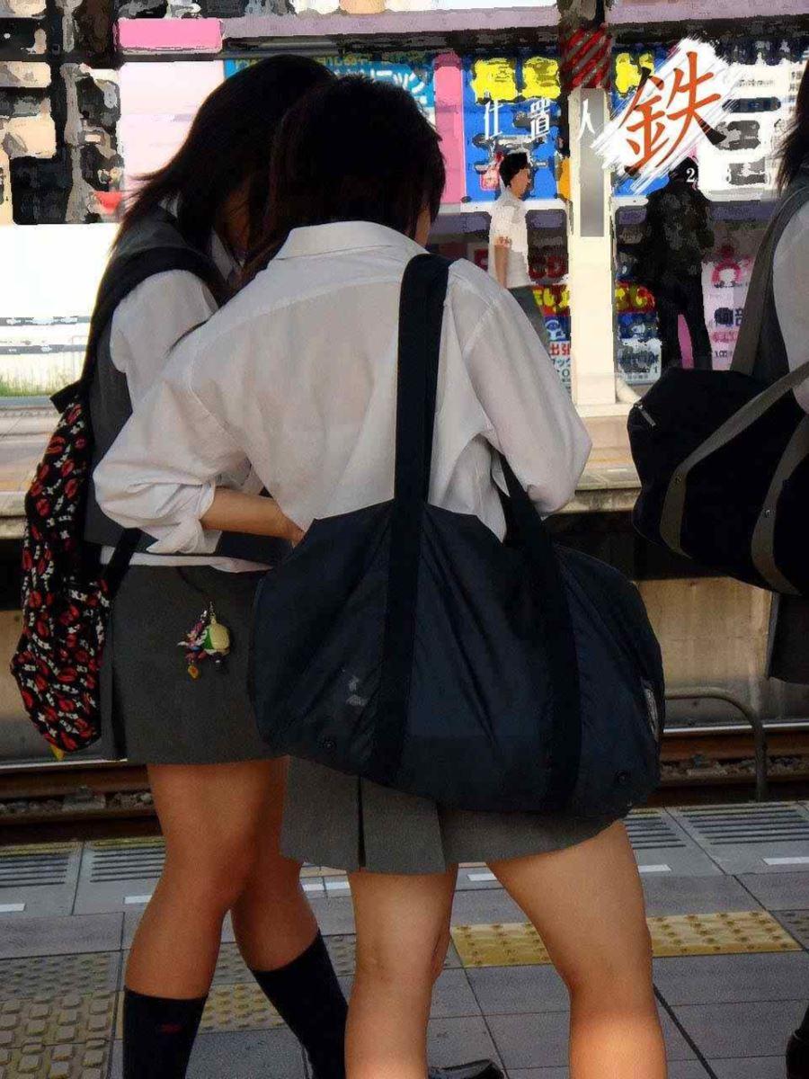 夏 ブラ透け JK 街撮り 透けブラ エロ画像 32