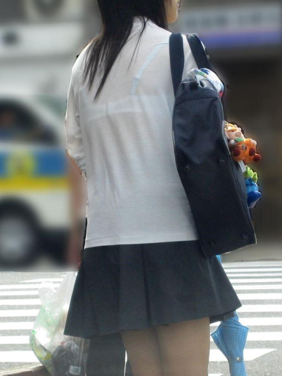 夏 ブラ透け JK 街撮り 透けブラ エロ画像 40