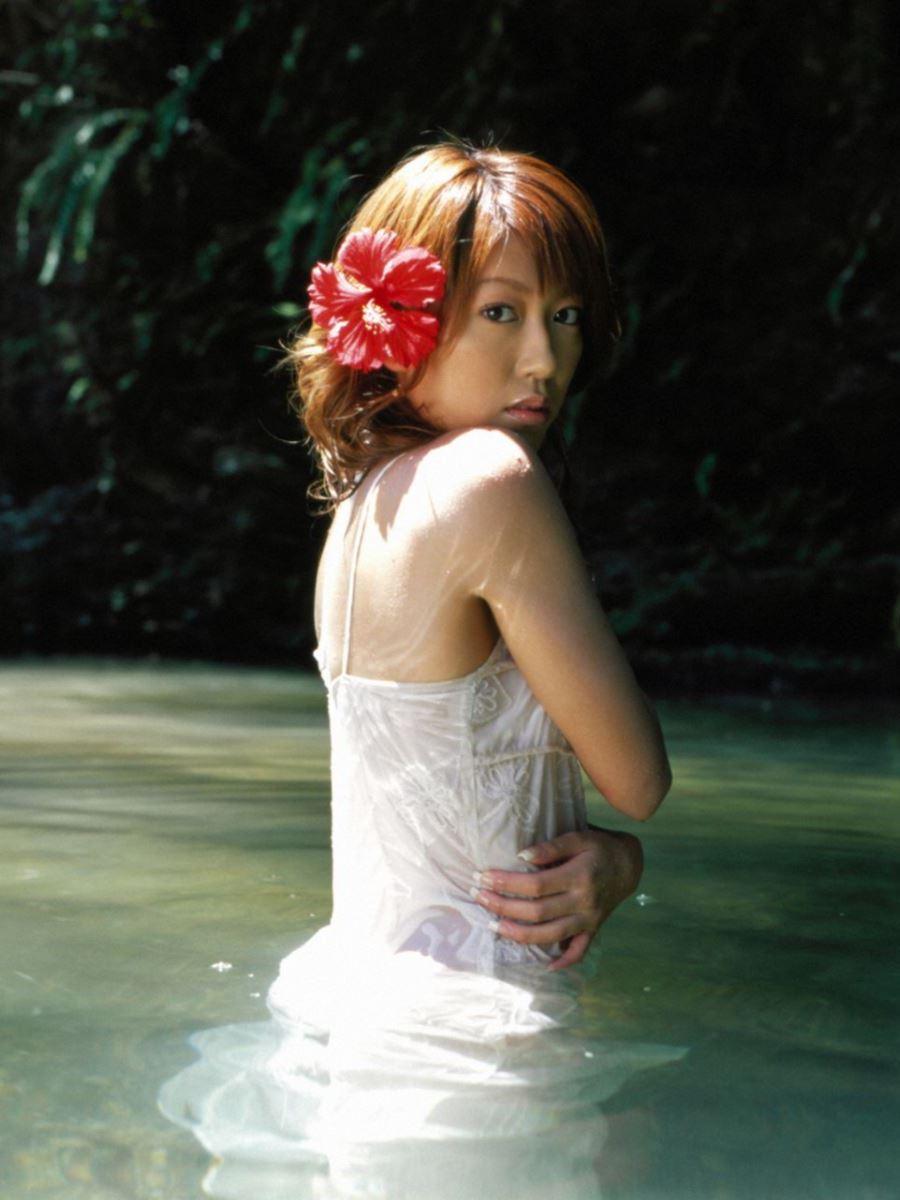 里田まい 画像 46
