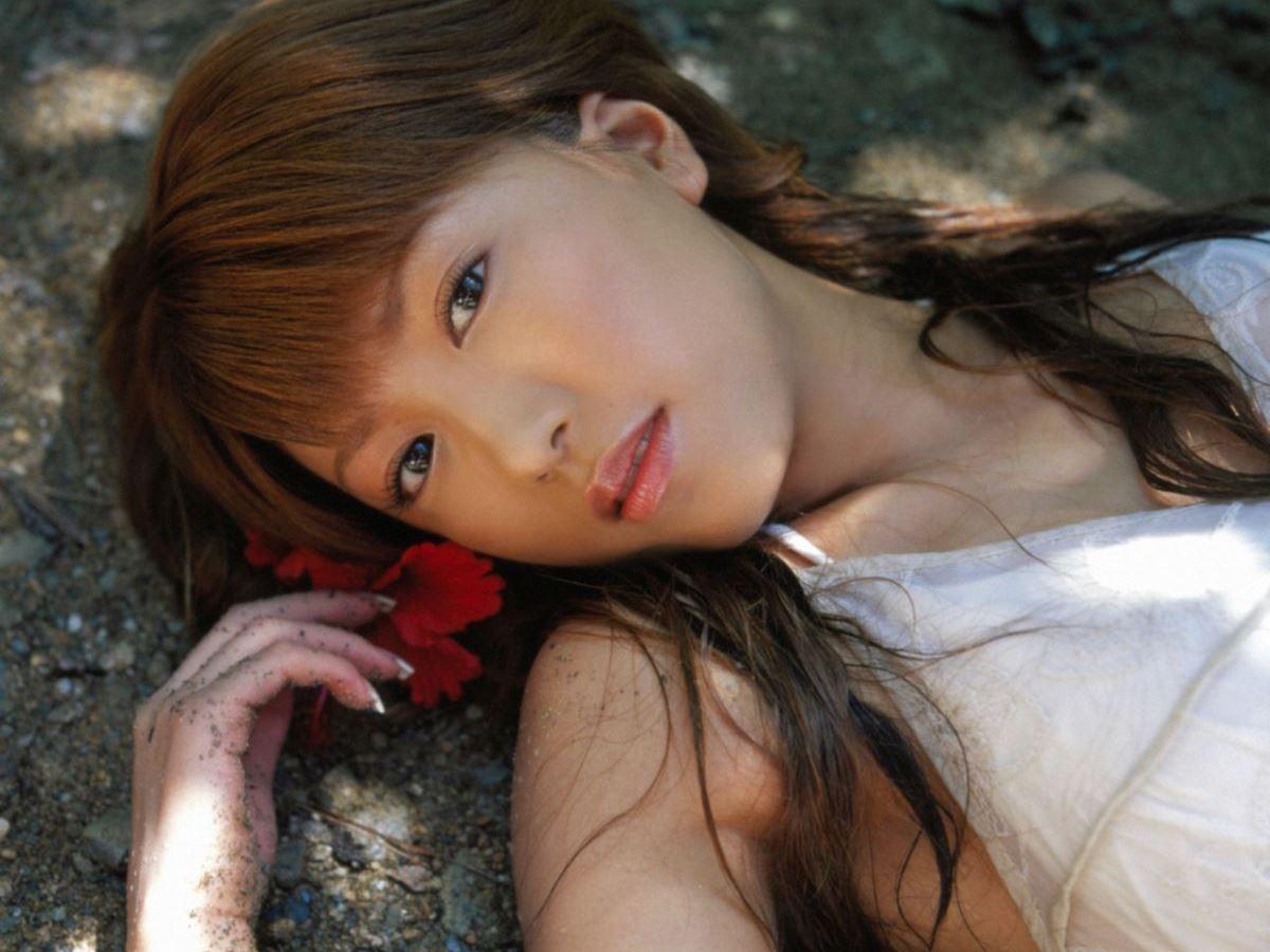里田まい 画像 49