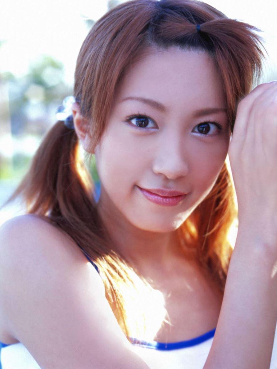 里田まい 画像 54