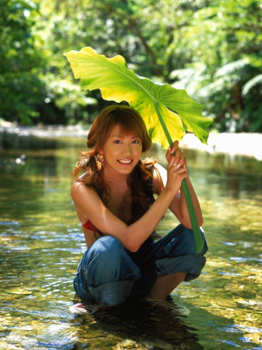 里田まい 画像 65