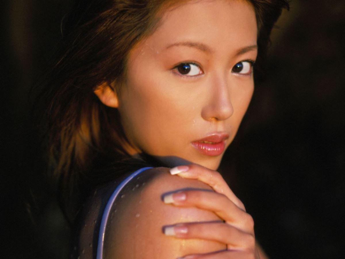 里田まい 画像 99
