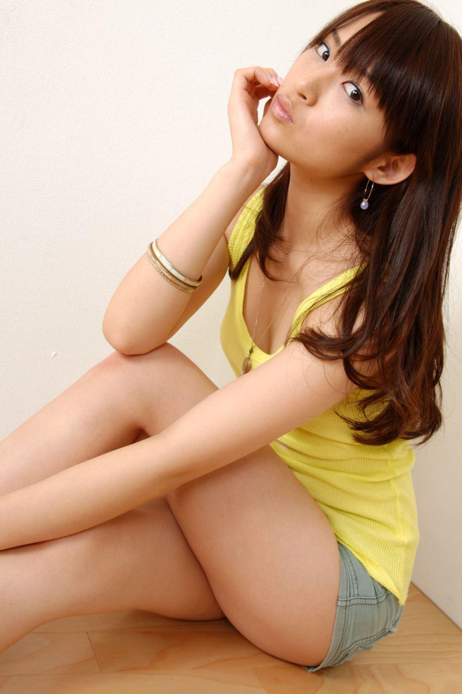 鈴木咲 微乳 セクシー ランジェリー 画像 10