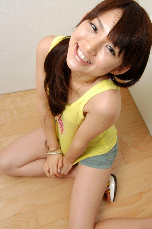鈴木咲 微乳 セクシー ランジェリー 画像 24