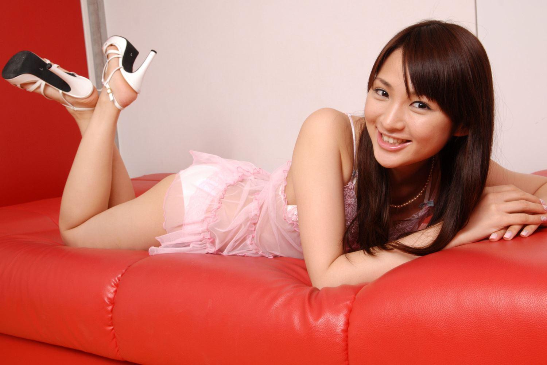 鈴木咲 微乳 セクシー ランジェリー 画像 39