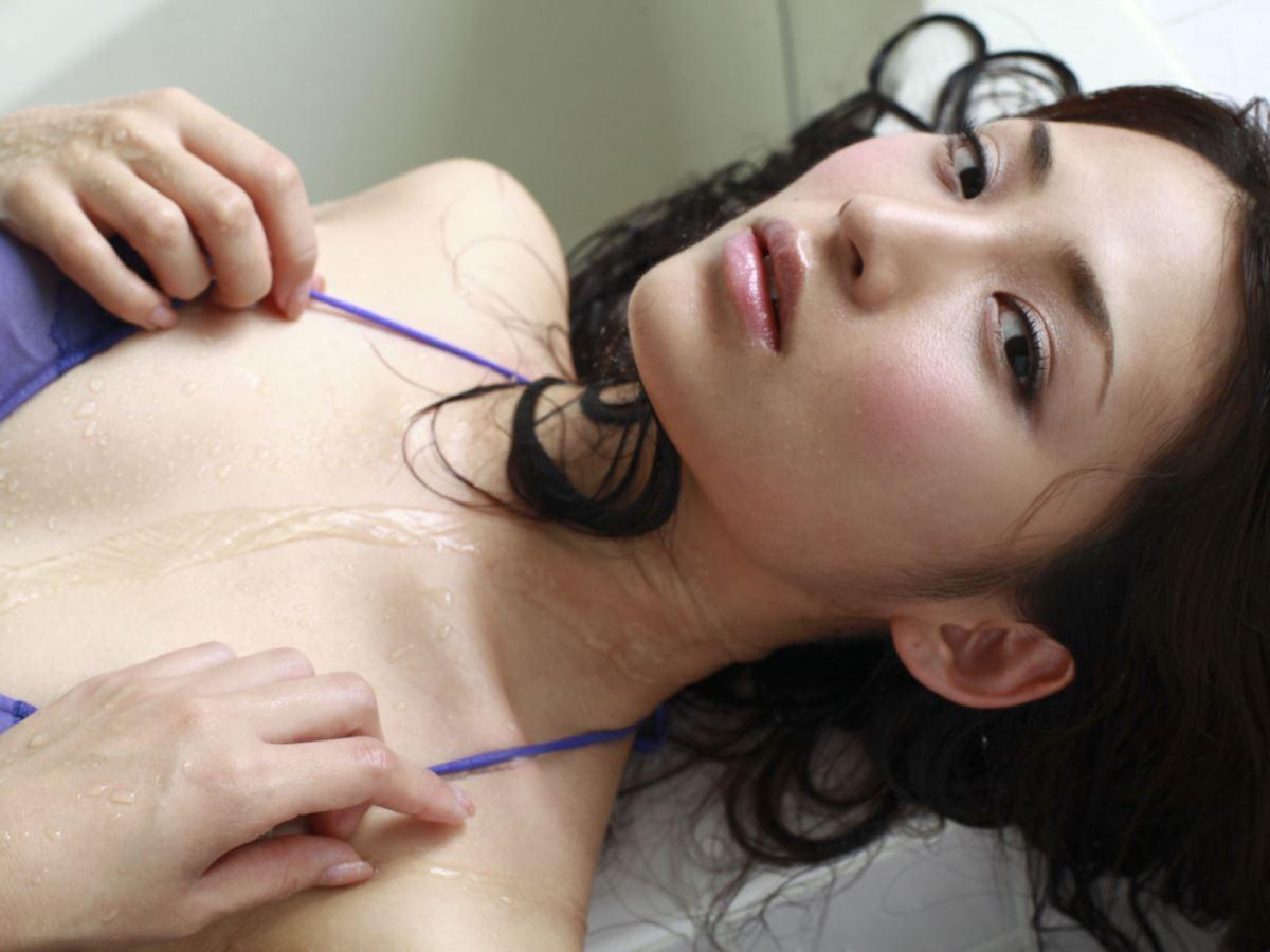 競泳水着 ビキニ姿 かわいい 鈴木咲 エロ画像 38