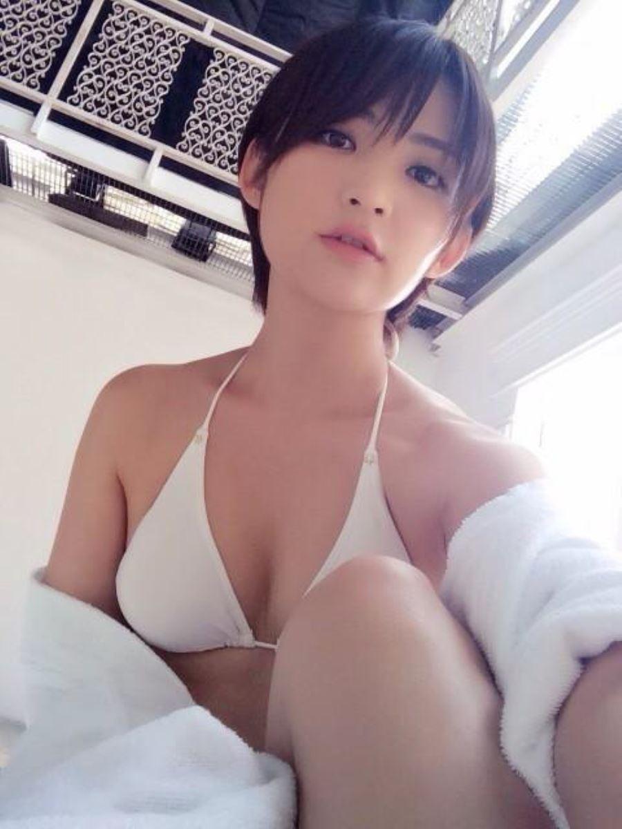 競泳水着 ビキニ姿 かわいい 鈴木咲 エロ画像 73
