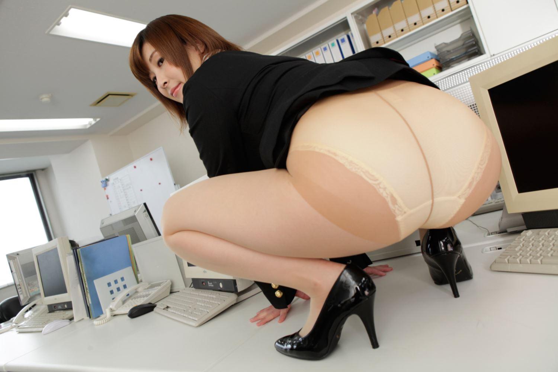 美尻 OL セクハラ 折原ほのか オフィスラブ 画像 5