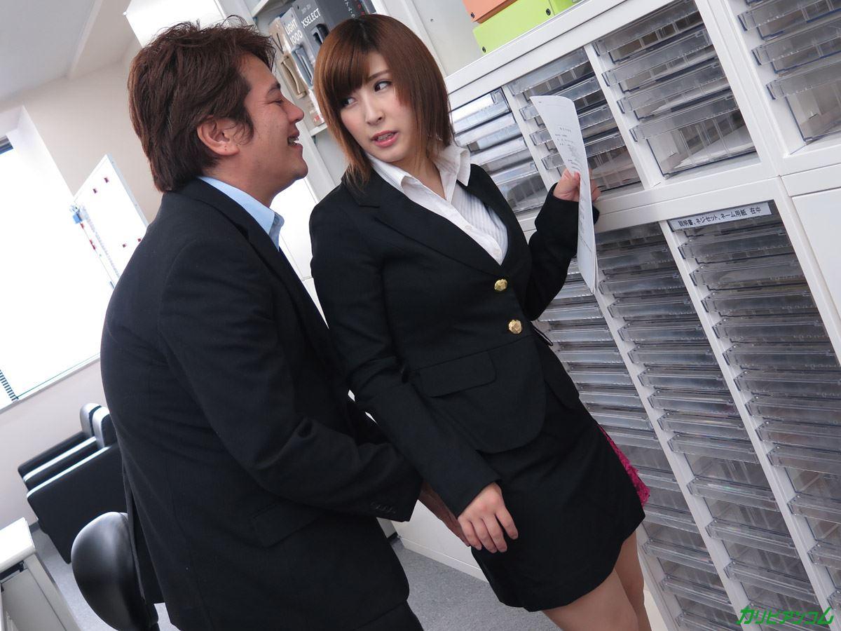 美尻 OL セクハラ 折原ほのか オフィスラブ 画像 37