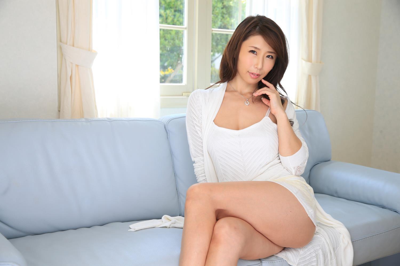 美熟女 女社長 誘惑 篠田あゆみ セックス 画像 1