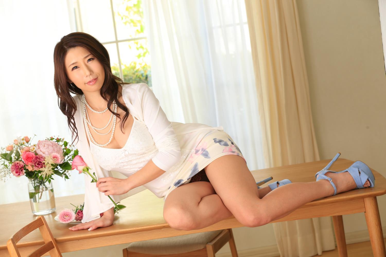 美熟女 女社長 誘惑 篠田あゆみ セックス 画像 22