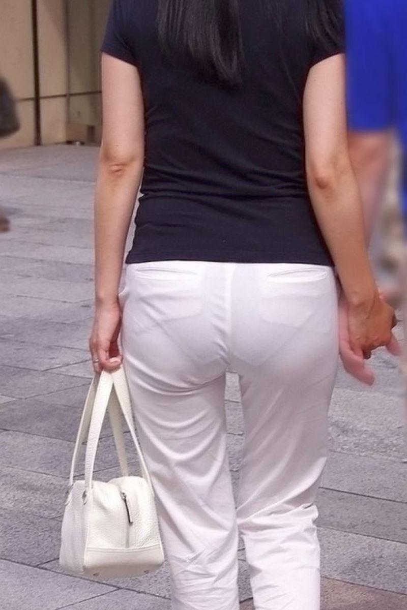 白パンツ パンティライン スケスケ 透けパン エロ画像 5