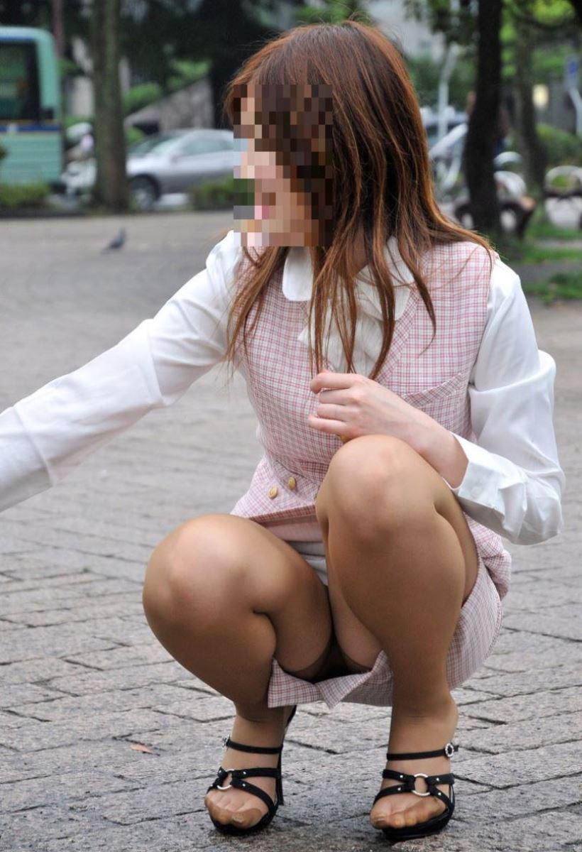 働くお姉さん 盗撮 街撮り パンチラ エロ画像 9