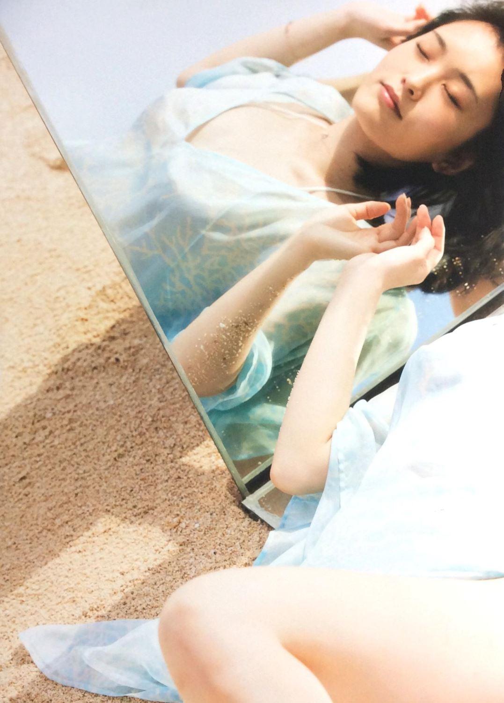 AKB 山本彩 水着 写真集 「SY」 画像 1
