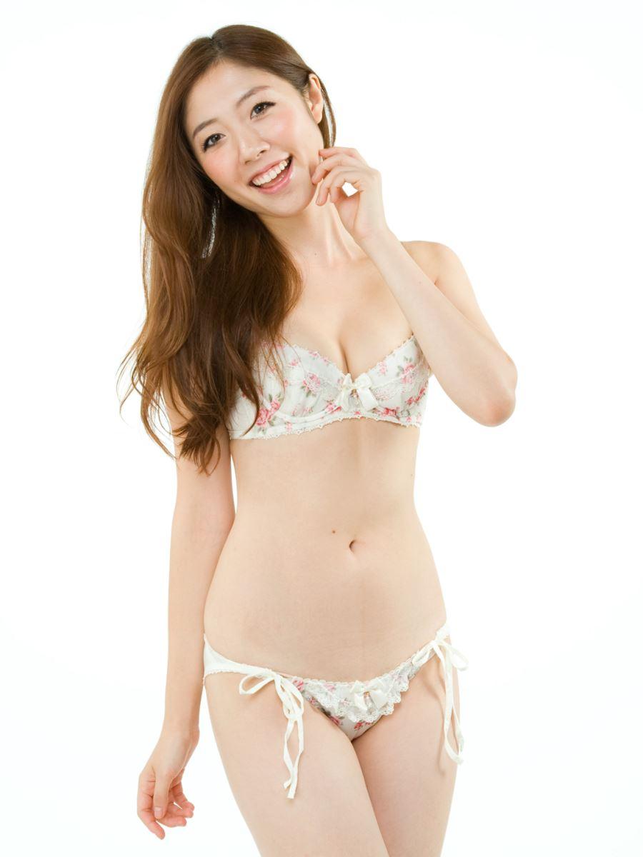 オカズにもなるランジェリーモデルのセクシー画像 10