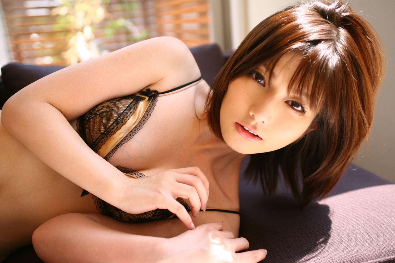 京本有加 結婚 過激 グラドル 水着 画像 20