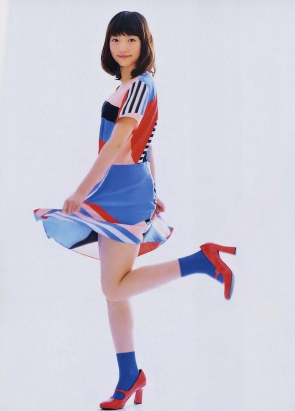 太田夢莉 1万年に1人 可愛い アイドル 水着 画像 10