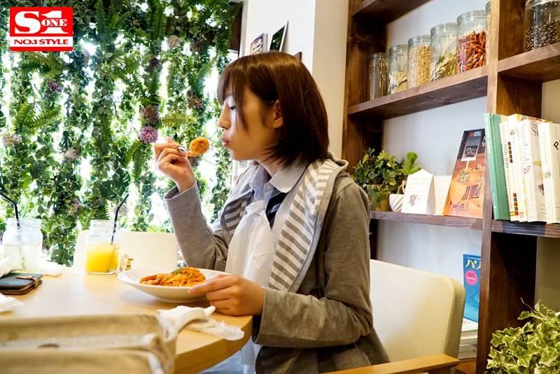 翼(AV女優)奇跡の美少女AVデビュー画像 9