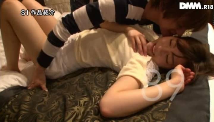 翼(AV女優)奇跡の美少女AVデビュー画像 33