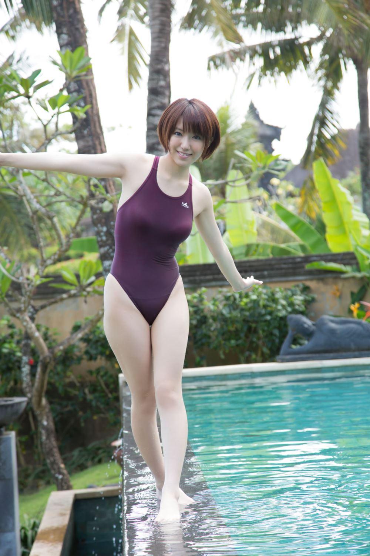 浅倉結希 ショートカット 可愛い 水着 グラビア 画像 11
