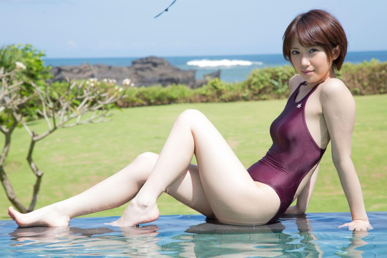 浅倉結希 ショートカット 可愛い 水着 グラビア 画像 13