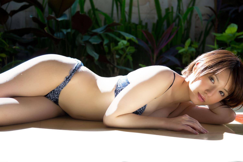 浅倉結希 ショートカット 可愛い 水着 グラビア 画像 38