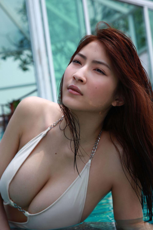 リアル峰不二子 護あさな セクシー 水着 エロ画像 7