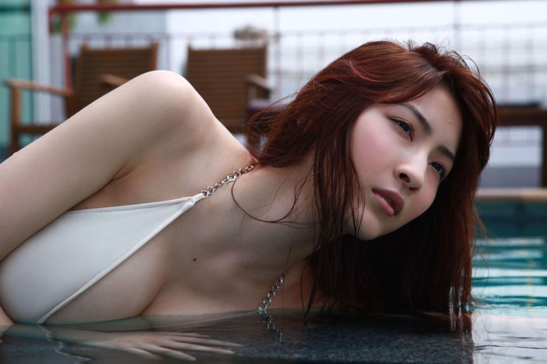 リアル峰不二子 護あさな セクシー 水着 エロ画像 8