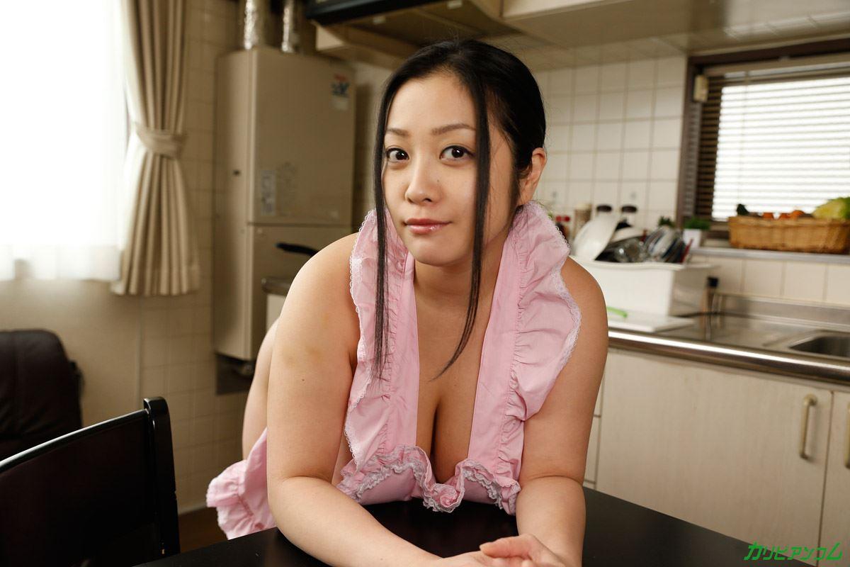 どスケベ お嫁さん 小向美奈子 無修正 AV画像 3