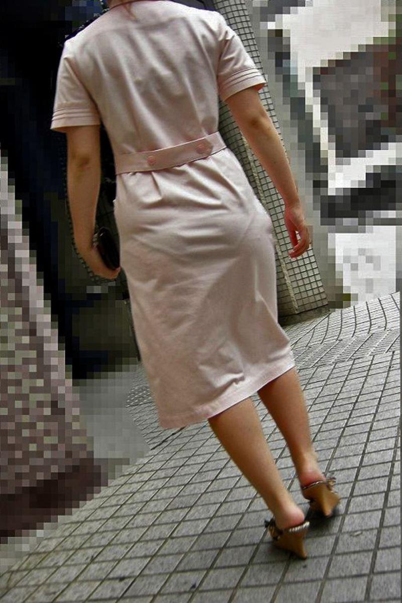 本物ナースを盗撮!!看護師パン透けパンチラ画像画像 17