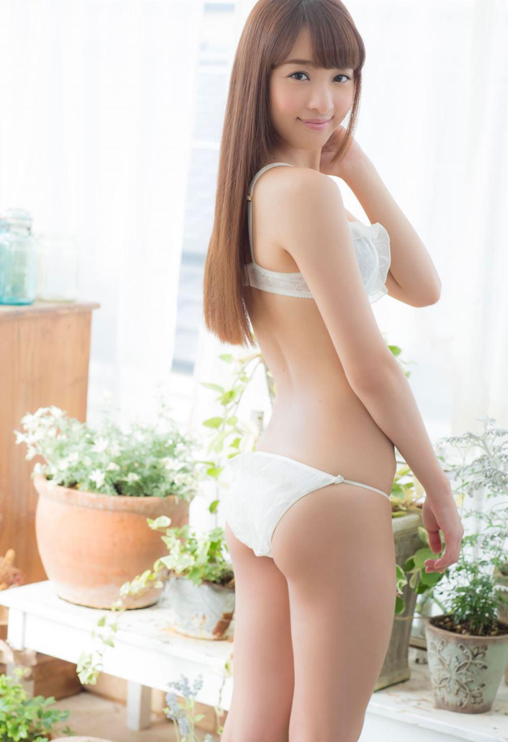 池田ショコラの下着姿がエロカワな過激グラビア画像 8