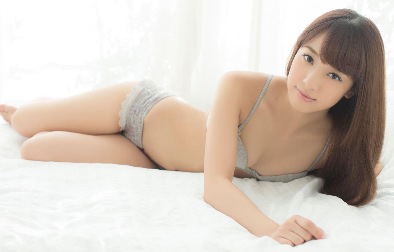 池田ショコラの下着姿がエロカワな過激グラビア画像 32