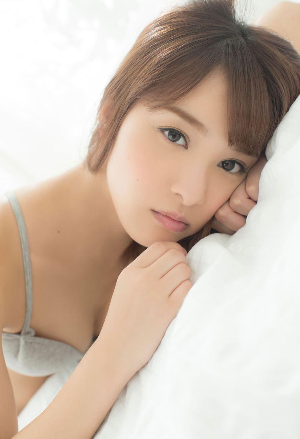 池田ショコラの下着姿がエロカワな過激グラビア画像 33
