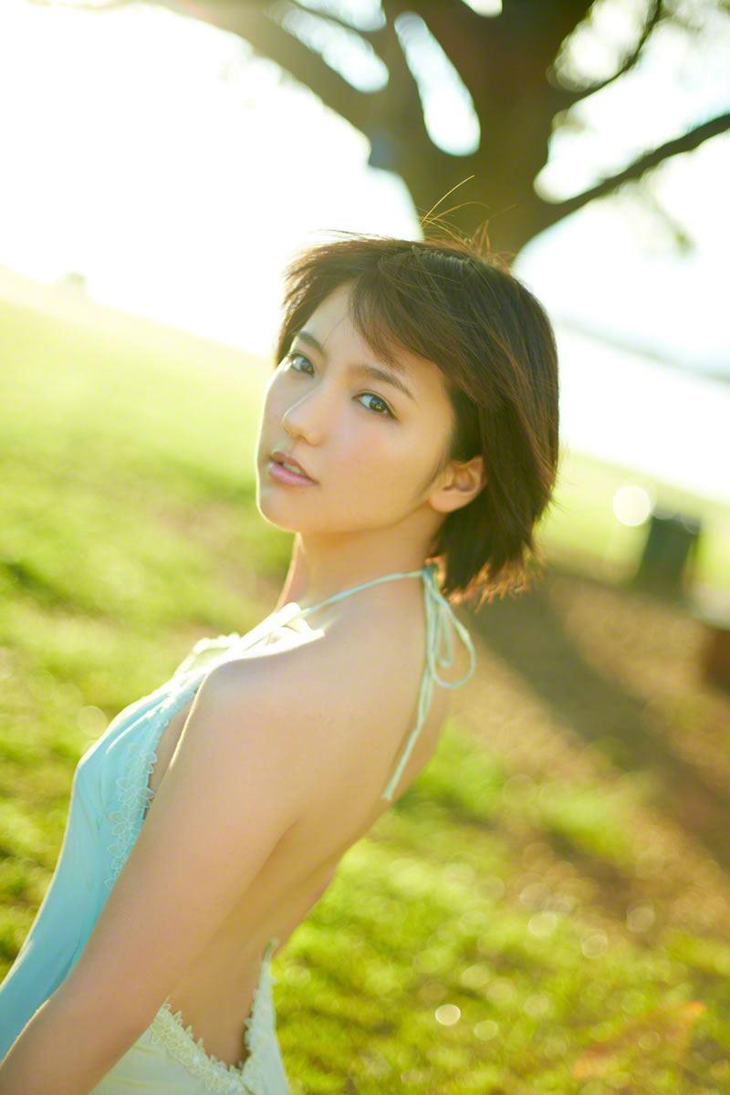 真野恵里菜のビキニ姿が可愛い高画質グラビア画像 28